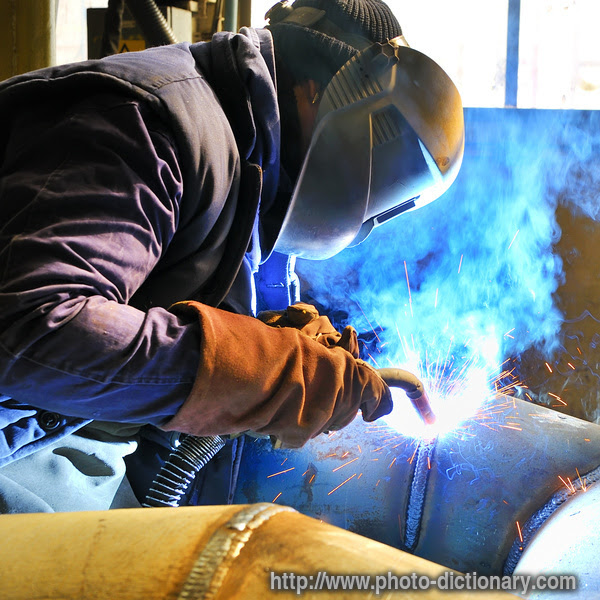 What is Arc Welding? - Definition and Process Types