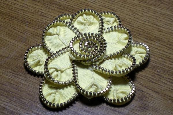 amarelo e ouro zipper flor