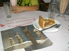snacking after visiting the new acropolis museum