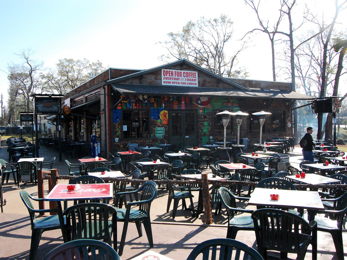Turtle races to hula hoops: Houston's 10 best patio bars ...