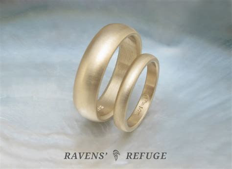 traditional wedding bands ? classic wedding rings in 14k