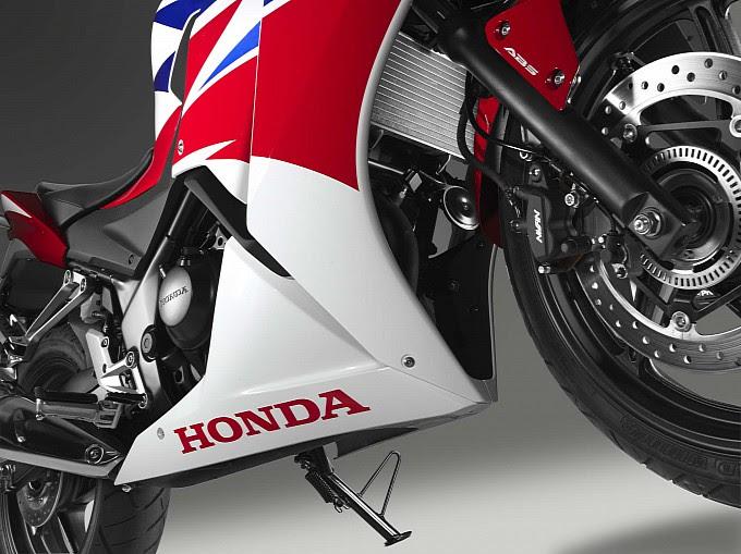 2014 Honda CBR300R