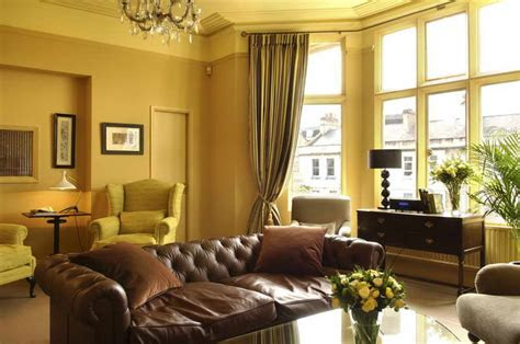 home interior design ideas  small living room  sofa