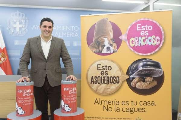 Ayuntamiento instalará un 'pipicán' experimental en Rambla Amatisteros en una campaña contra las heces animales