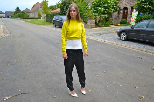 asos sweater crop top mesh top h&m trend trousers shiny silk mango wedge heels white outfitpost outfit fashion blogger turn it inside out belgium ilovefashionbloggers