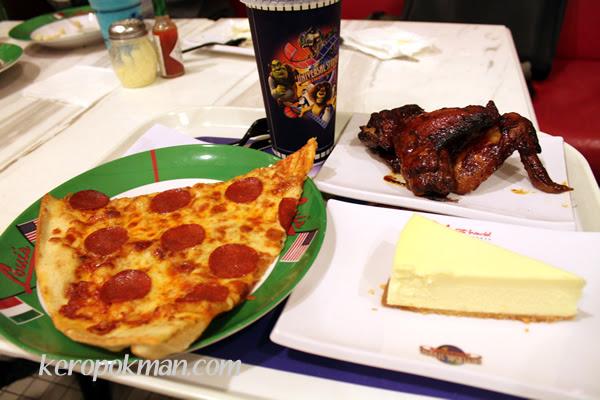 Loui's NY Pizza Parlor™