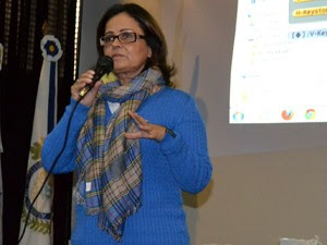 Secretária de Educação, Marléa Ramos Alves, conversou com a mãe (Foto: Arquivo pessoal)
