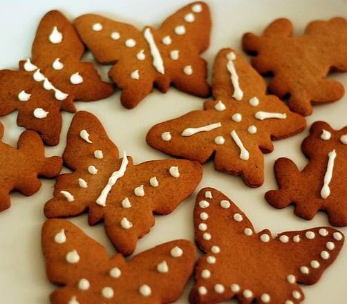 Pepparkakor, biscottini speziati tipici natalizi