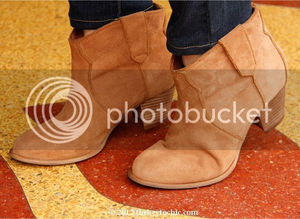 Aldo Mandina boots in tan suede, Aldo suede cowboy ankle boots