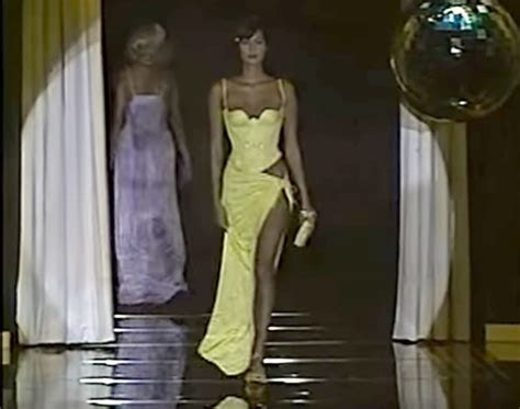 Kim Kardashian Recreates 1995 Versace Sexy Yellow Dress