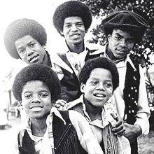 Michael integrou o Jackson 5 aos cinco anos e logo ganhou destaque no grupo