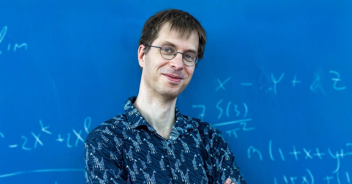 Wiskundige Martin rekent uit: 'Als we blijven vaccineren zijn we ná de zomer van de vervelende maatregelen af'