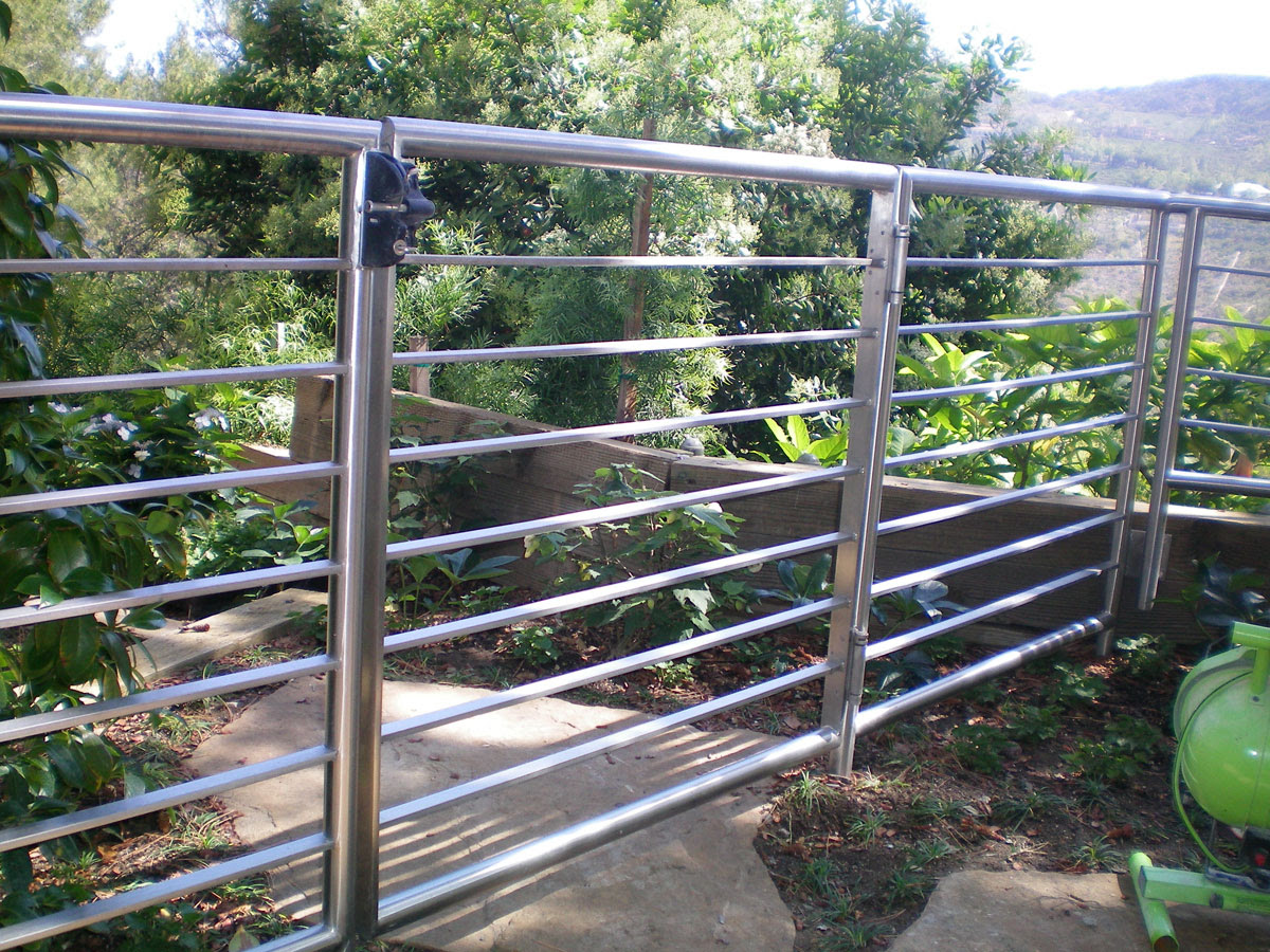 Design And Fabrication Of Custom Metal Gates & Fences