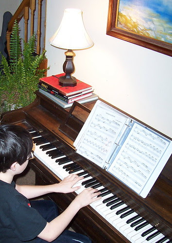 youngestpianoplayer