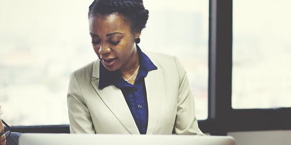Business woman africa work 600x300