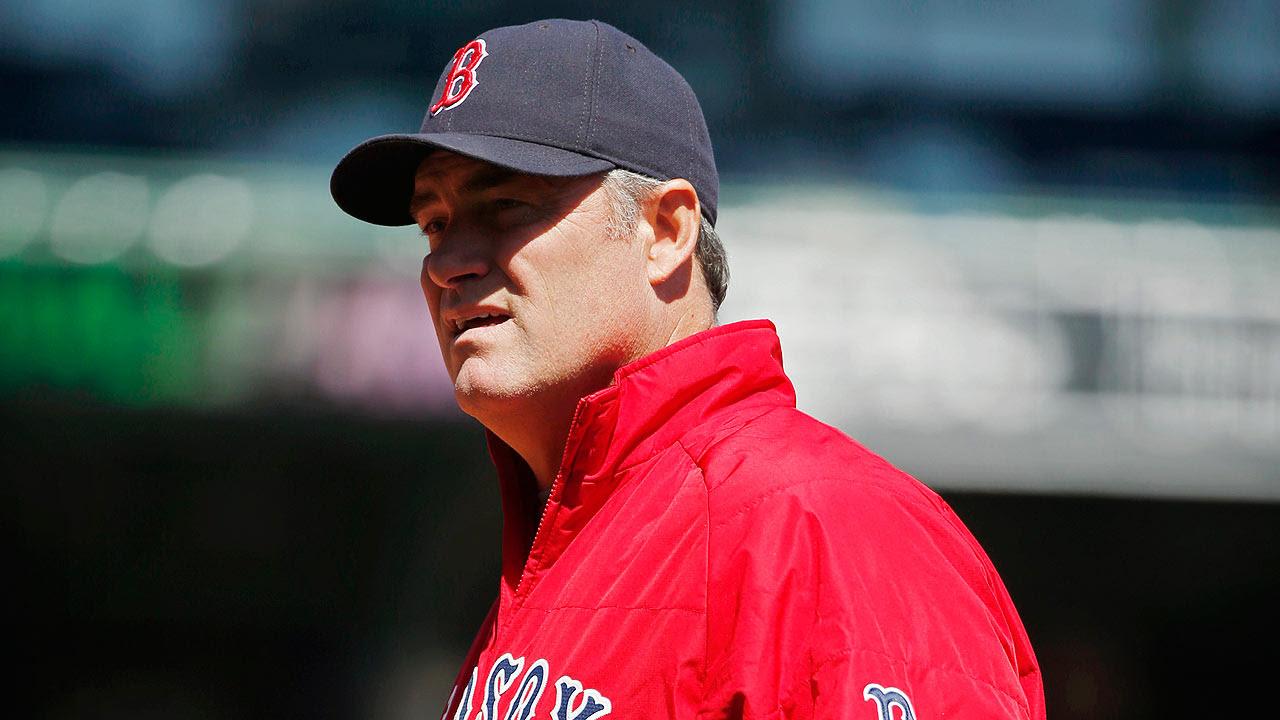 Farrell asume por unos días rol de coach de pitcheo