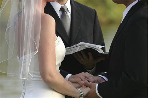 Secret to Meaningful Wedding Vows Without a Lot of Writing