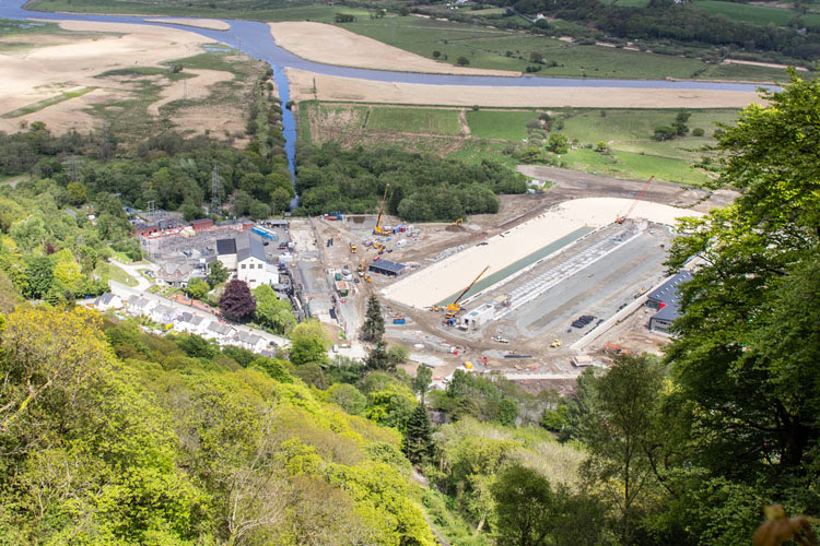 Surf Snowdonia: almost finished, ready to pump perfect rides | Photo: Wavegarden