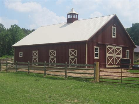 Custom Horse Barns   Amish Custom Barn Builders in PA, NJ