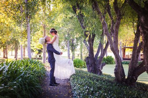 Wollongong Wedding Photographer   Packages from $990