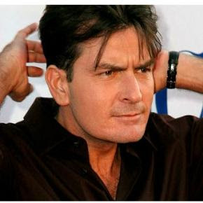 Charlie Sheen estaria com AIDS