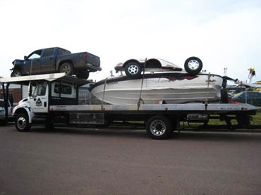 Transport Services  Lightning Towing  Sioux Falls, SD