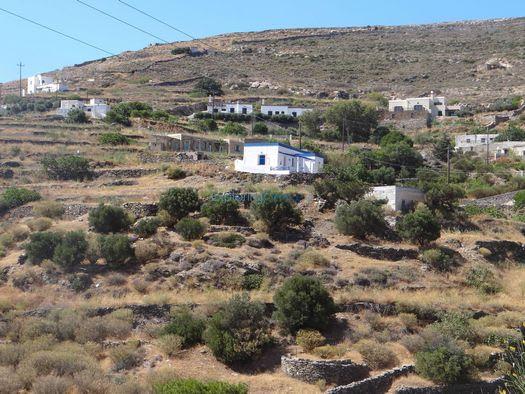 http://www.exploring-greece.gr/_tp_media/Syros/14284_f.jpg