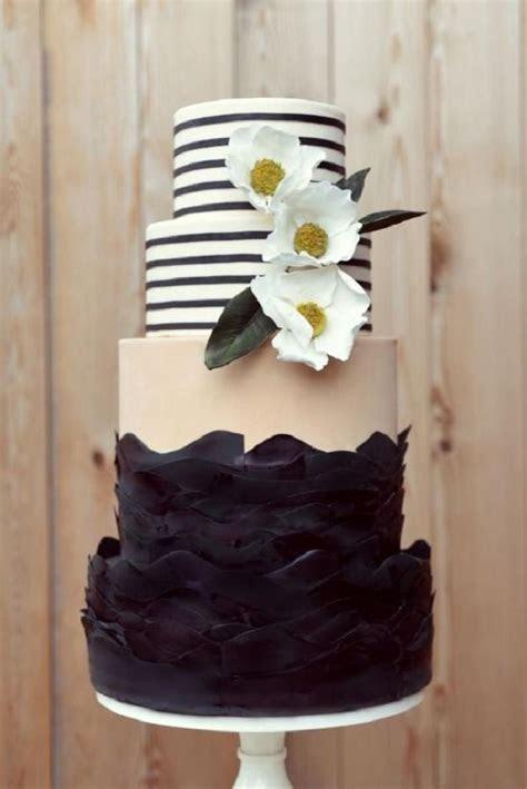 25 Gorgeous Beautiful Wedding Cake Ideas   Deer Pearl Flowers