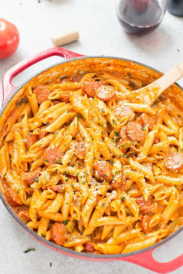One-Pot Sausage and Mushroom Pasta - This one-pot pasta dish is perfect for a quick and easy for dinner with even quicker clean up! I am also giving you my favorite ratio of liquid to pasta to achieve the perfect one-pot pasta! This one is a keeper!