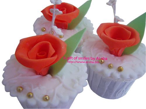 Fondant Cupcake Orange