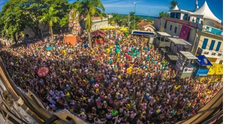 Salvador e Olinda já planejam eventos-teste para o Carnaval 2022; Recife pretende concluir 2ª dose antes da folia