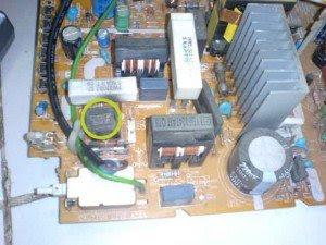 PTC-di-mainboard-televisi-Toshiba-300x225