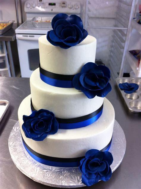 Royal Blue & Black Wedding Cake   Wedding Cakes/Groom's