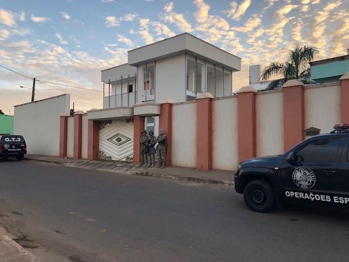 Pastores são presos suspeitos de obter R$ 15 milhões aplicando golpes em fiéis de Goianésia