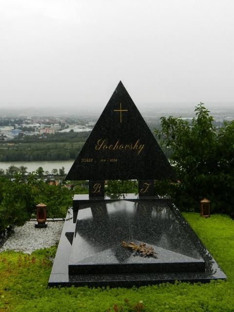 Friedhof_Kahlenbergerdorf_2012_33