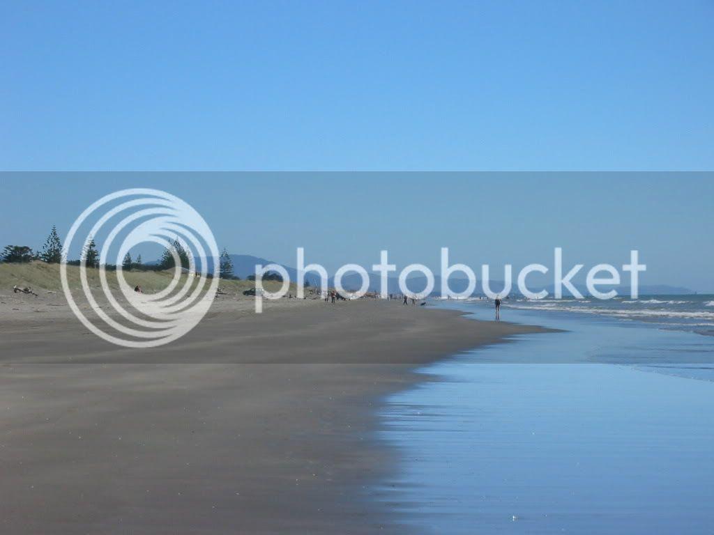 Sun, sea & sand 2