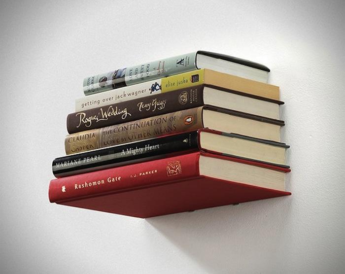 http://www.decoracionia.net/imagenes/2013/08/decorar-con-libros.jpg