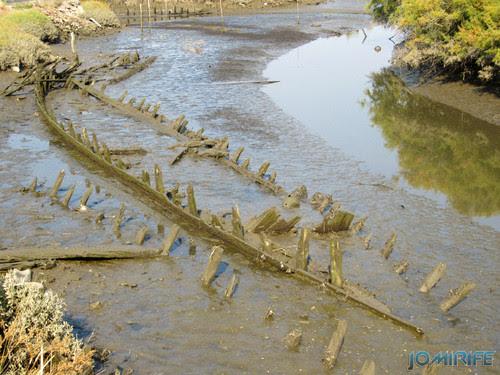 Armazéns de Lavos - Ria com restos de barcos [en] Warehouses of Lavos - Laugh with remains of boats