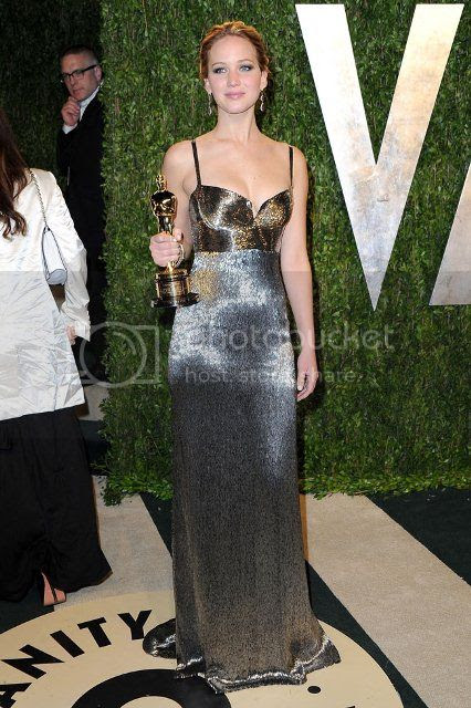 Jennifer Lawrence at 2013 Vanity Fair Oscar Party photo Jennifer-Lawrence-2013-Vanity-Fair-Oscar-Party_zps6d38da78.jpg