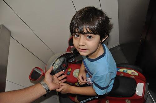 Gabriel no Playground