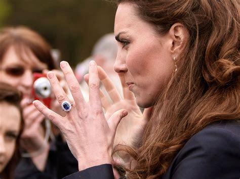 Kate Middleton having her engagement ring resized   CBS News