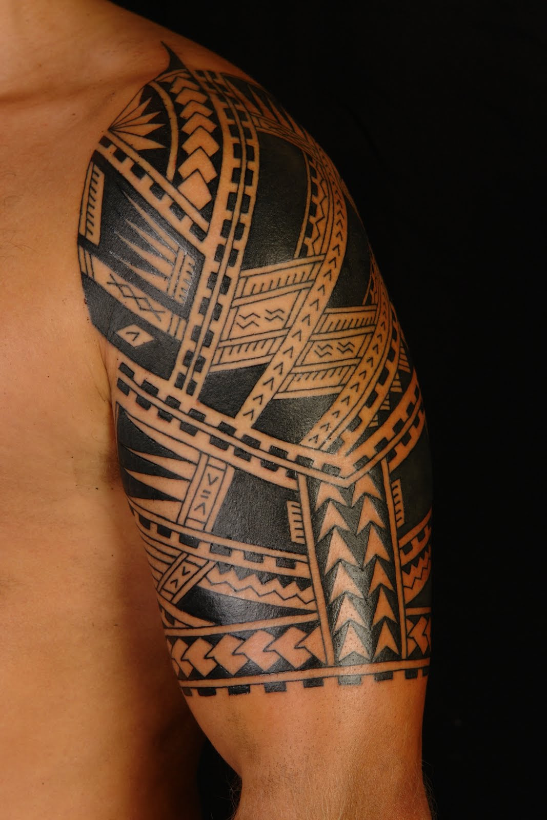 Best Polynesian Half Sleeve Tattoo