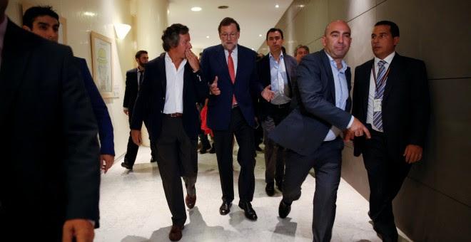 El presidente del Gobierno en funciones, Mariano Rajoy, tras su rueda de prensa en el Congreso de los Diputados. REUTERS/Susana Vera