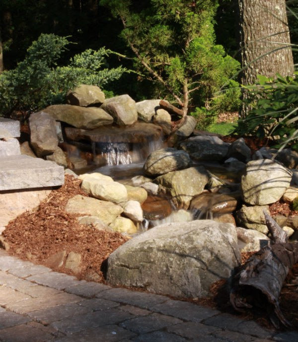 Examples of Pondless Waterfalls