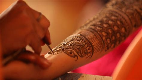 20 new bridal mehandi designs every bride needs to see
