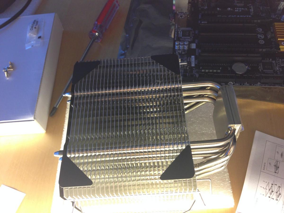 neuer Rechner für die Bildbearbeitung zusammenbau / new system for image processing mounting 005