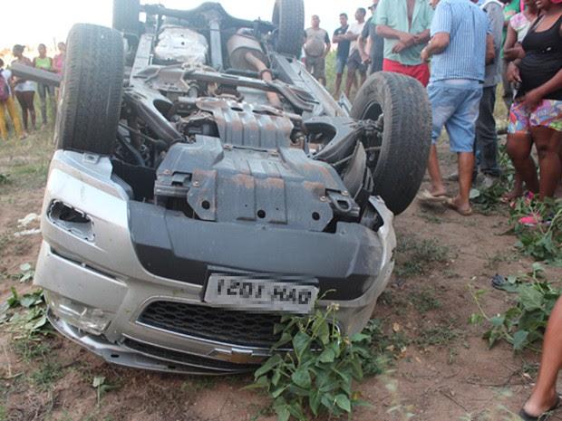 Homem morreu e três ficaram feridos em acidente (Foto: Portal Bacia do Jacuipe)