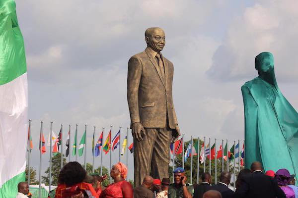 photo showing statue of jacob zuma of south africa by gov rochas okorocha