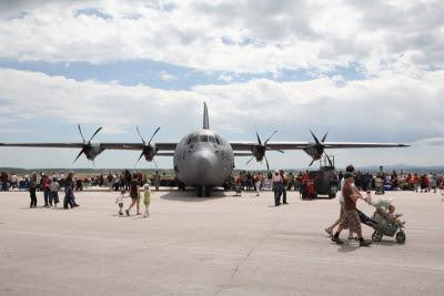 C-130, Dakota Thunder