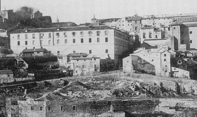 Fonda de la Caridad y Calle Cervantes hacia 1895